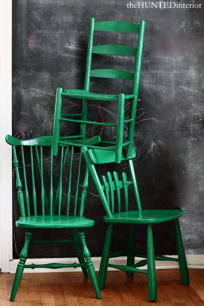 Painted Mismatched Chairs What A Great Way To Refinish A