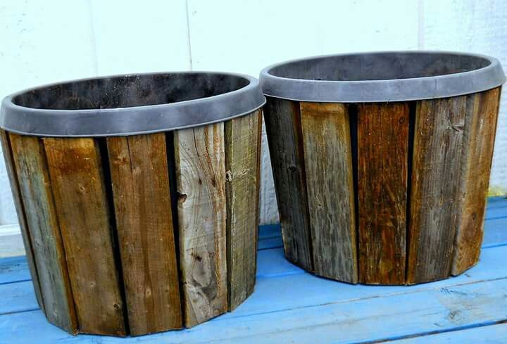 Display Idea Large Flower Nursery Pot With Pallet Wood