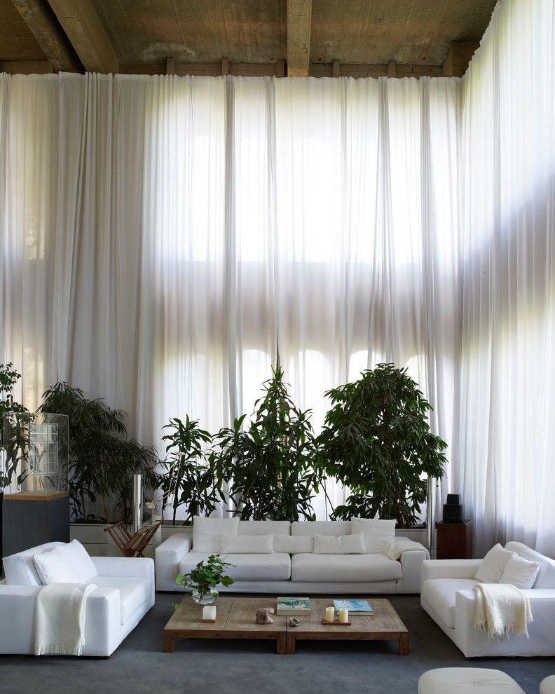 Fensterdeko mit Gardinen von der Befestigung bis zur Reinigung
