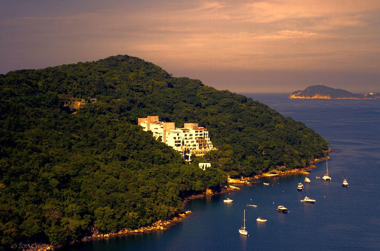 Vista de la playa de Majahua en Acapulco