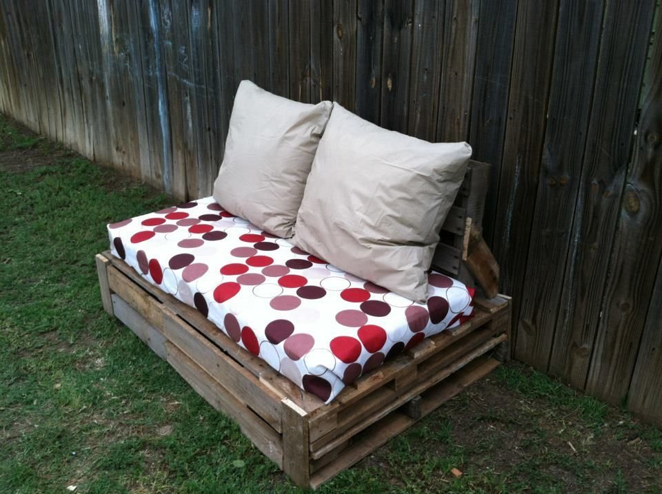 Pallet Love Seat Use Goodwill Couch Cushions Get Pallets From