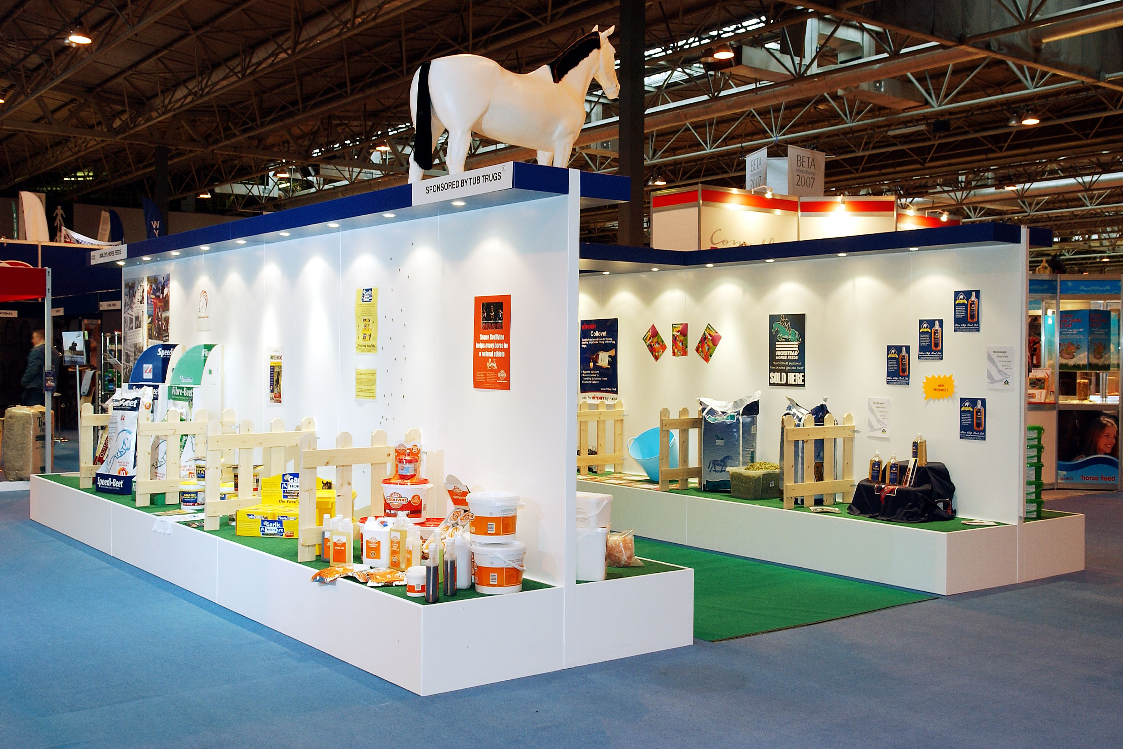 Shell Global Exhibition Programme : Bespoke exhibition stand area beta international