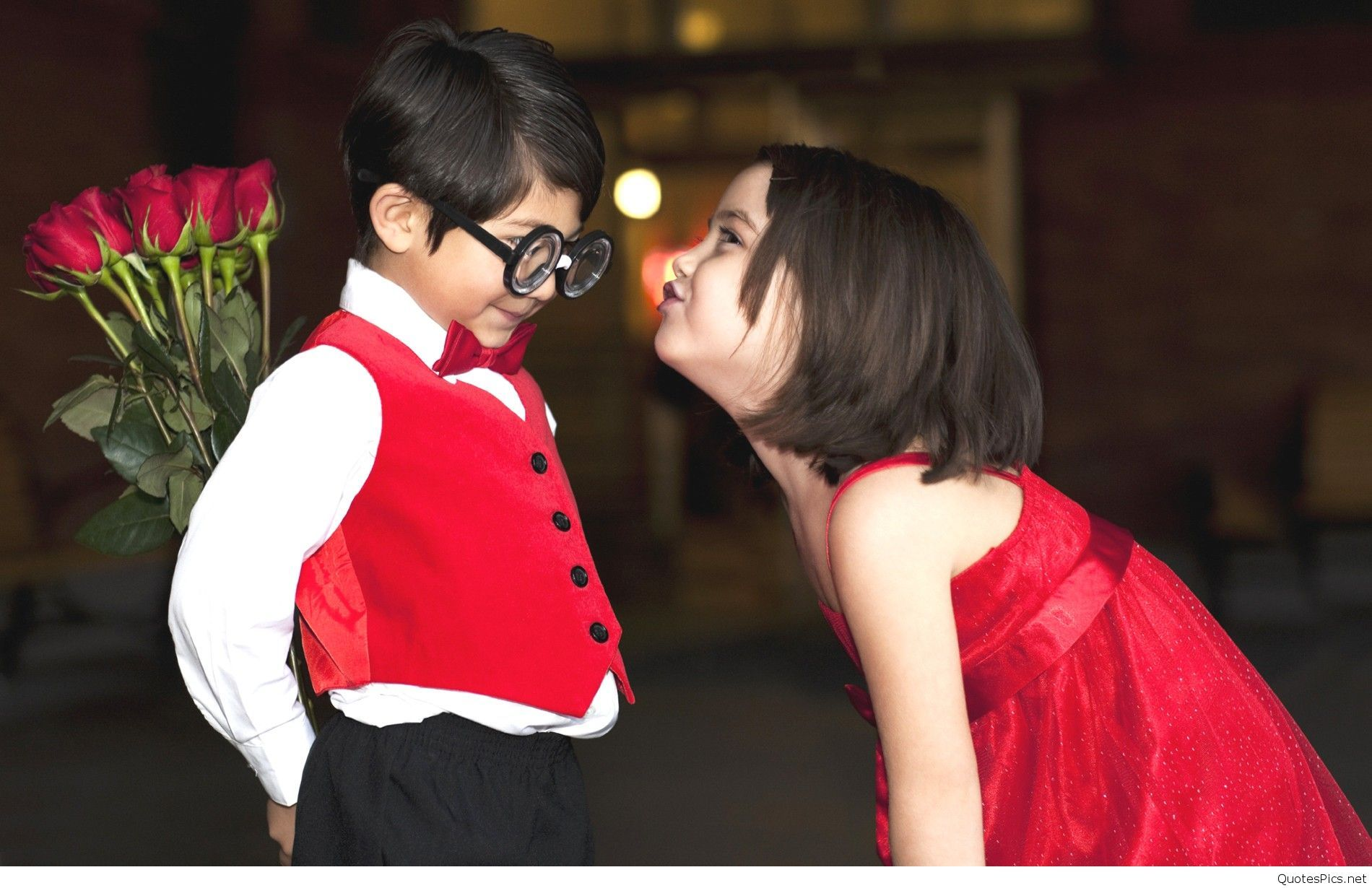 Baby Couple Wallpaper Hd Happy Valentine Day Quotes Cute Couple Wallpaper Kids In Love