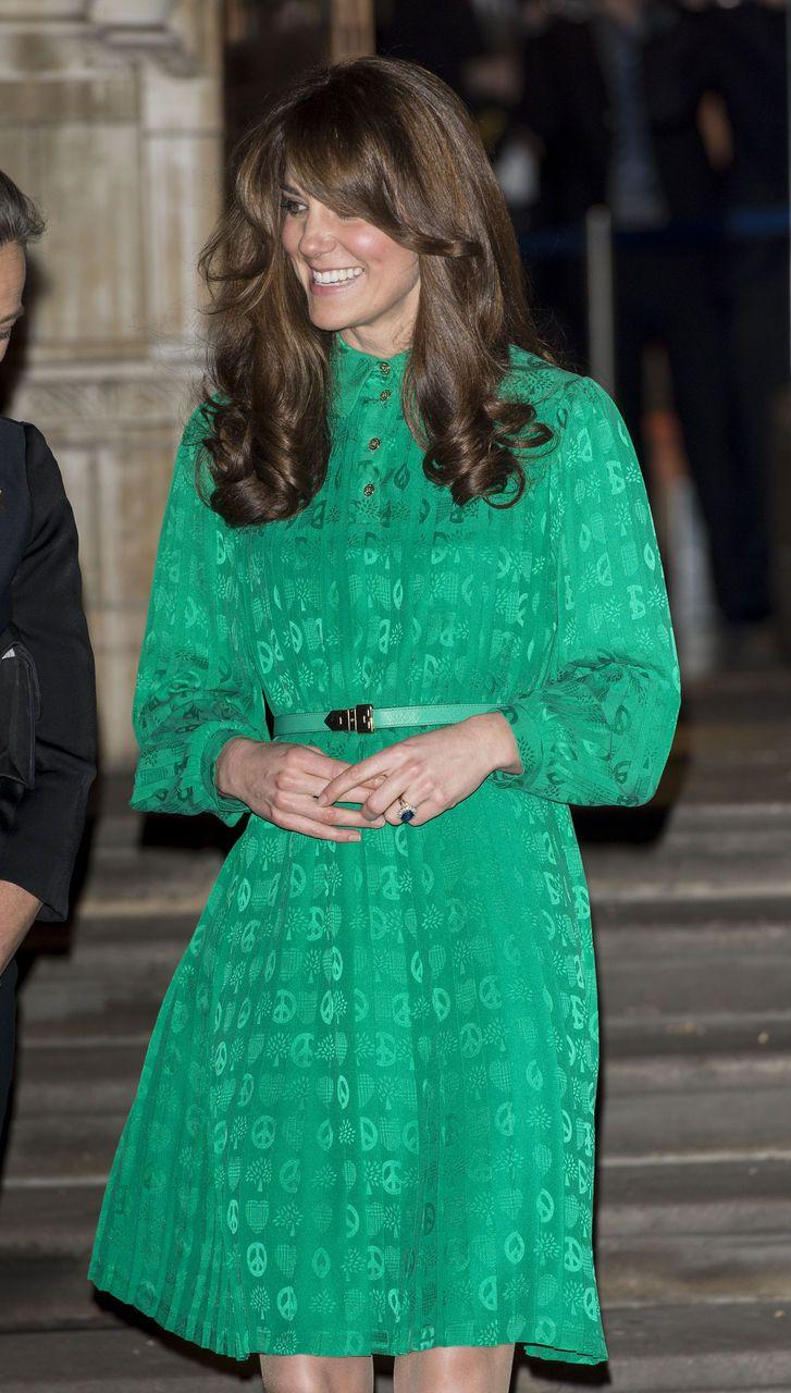 Kate Middleton Hat Eine Neue Frisur Weil Schwanger Ist Fotos Kate Middleton Stil Modestil Herzogin Catherine
