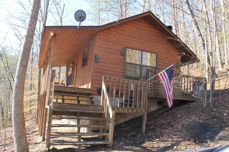 Bon *Special* Secluded Romantic Getaway /w New Hot Tub! Gatlinburg/PF UPDATED