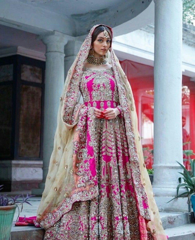 Pin de Bambhaniya Kajal en mahi style ((Bridal)) | Pinterest