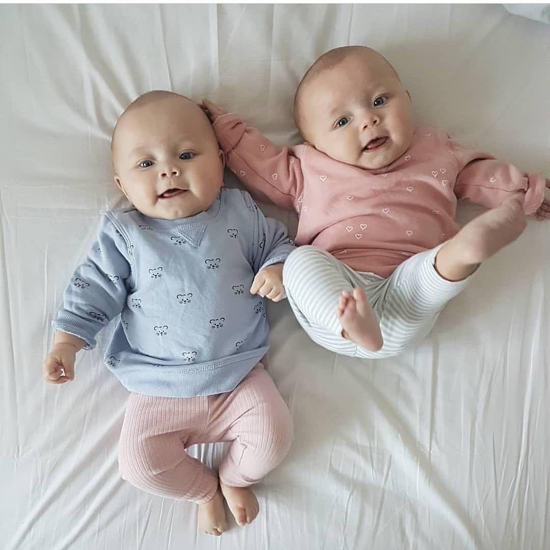 Картинки маленькие мальчики двойняшки, картинки