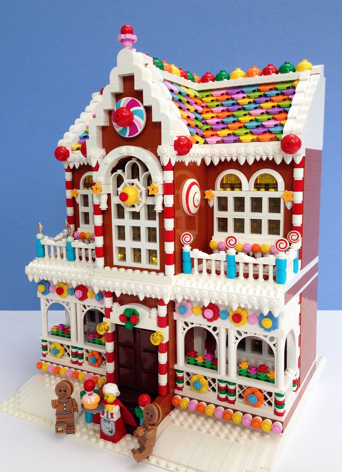Gingerbread2 (With images) Lego gingerbread house, Lego