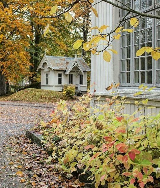 Autumn Home, Play Houses, Autumn Inspiration