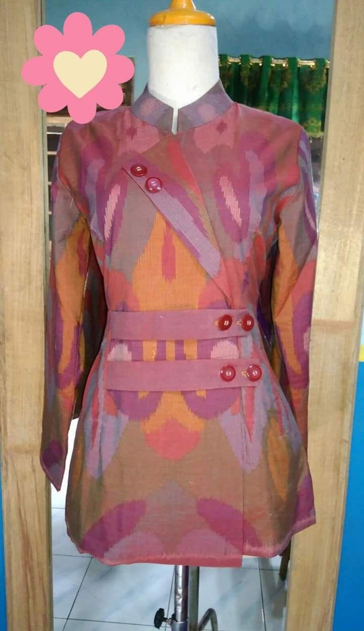 Pin oleh Liesteja di Batik  Model pakaian guru, Desain blus