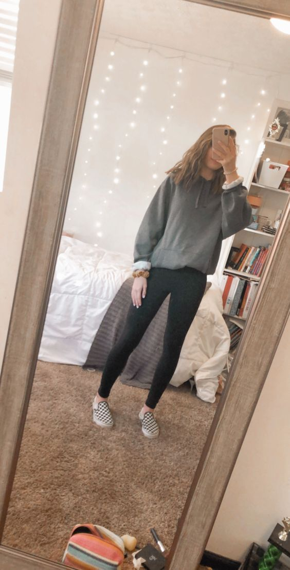 Leggings Outfit For School In 2020 Outfits With Leggings Cute Comfy Outfits Cute Outfits For School