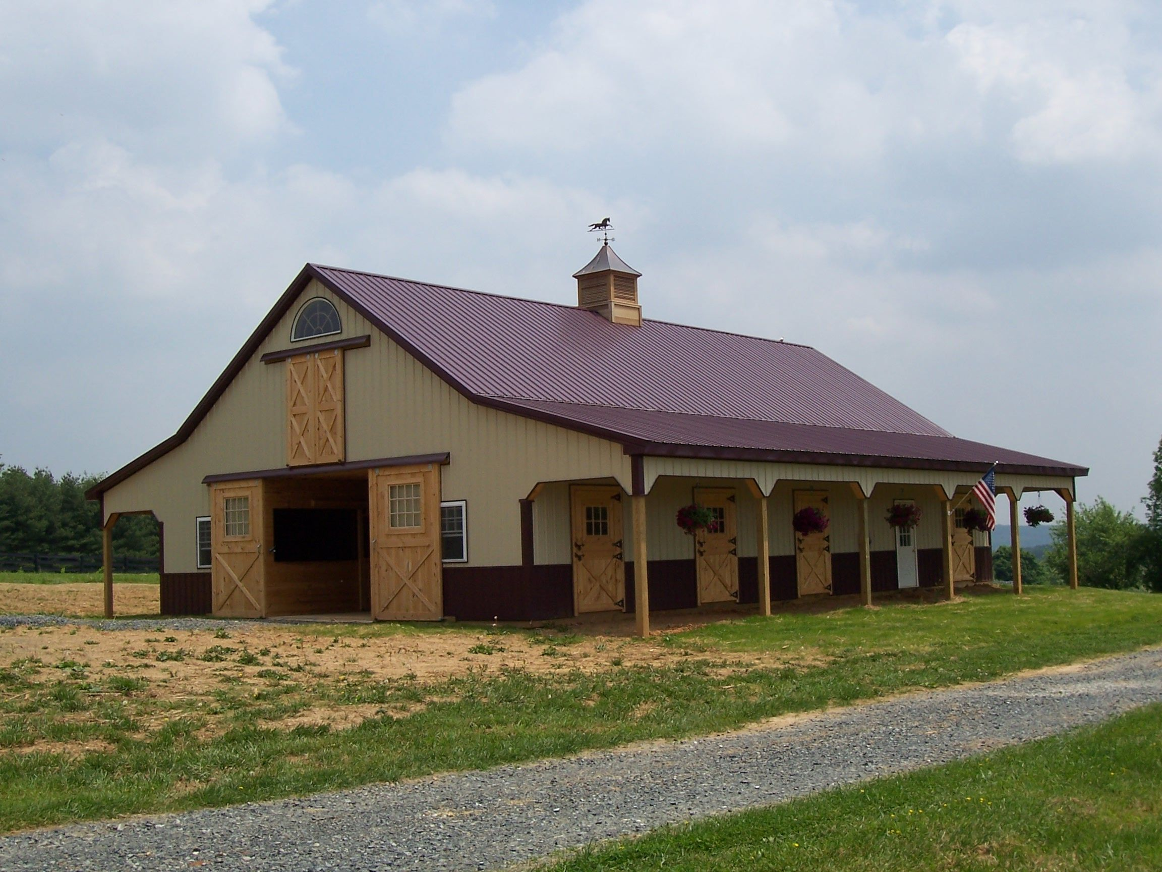 Best Burgundy Roof Barn Roof Metal Roof Houses Pole Barn 400 x 300