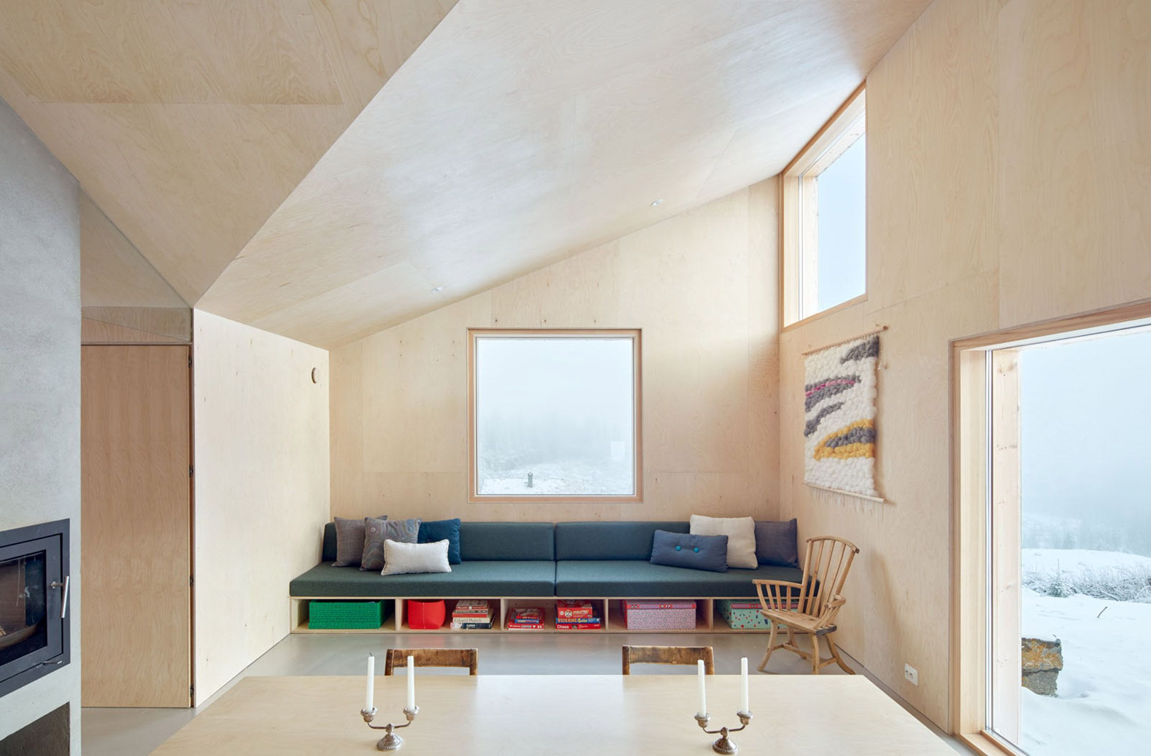 Casa Mylla, Nordmarka, Noruega - Mork-Ulnes Architects - foto: Bruce ...