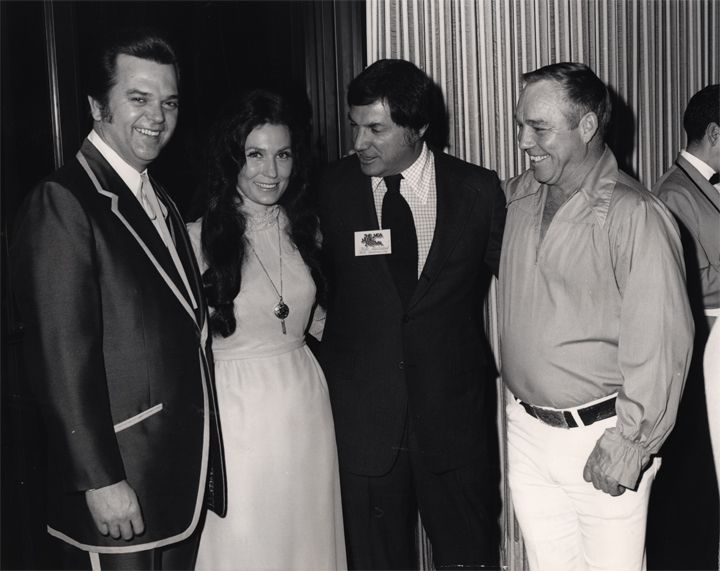 Conway twitty with images loretta lynn conway twitty