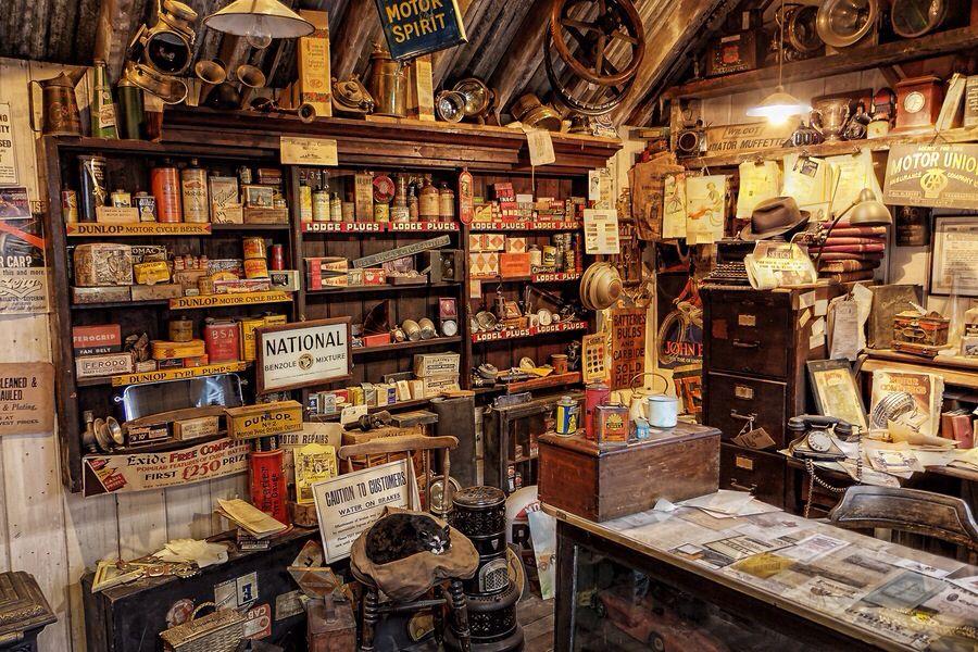 Cool Old Shop Cool Pictures N Stuff Garage Workshop