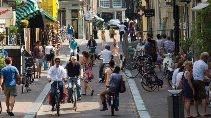 Lo Que Pide ámsterdam No Nos Visiten Tanto Por Favor Amsterdam Holanda Amsterdam Holanda