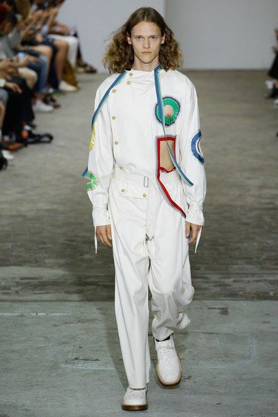 See the complete Walter Van Beirendonck Spring 2017 Menswear collection.