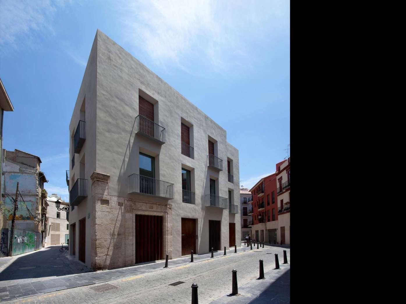 Ramón Esteve - House Studio in El Carmen. Nice and simple volume.