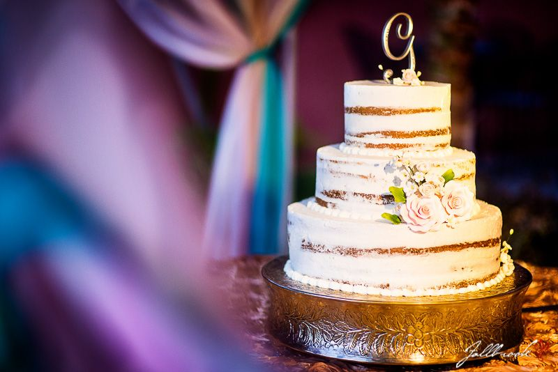 Wedding cake in perfect atmosphere, colors are gorgeous and the cake is also.
