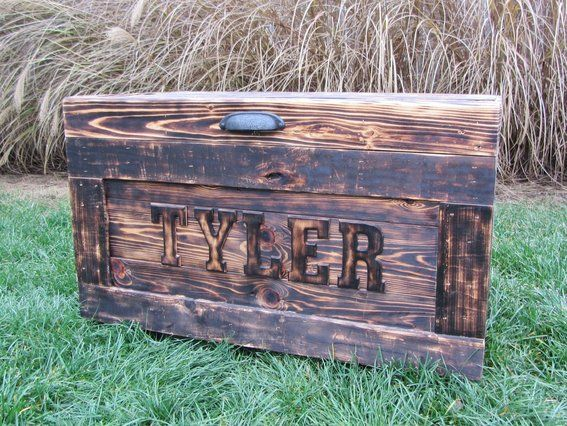Storage box out of pallets wood chest made from for Toy pallets