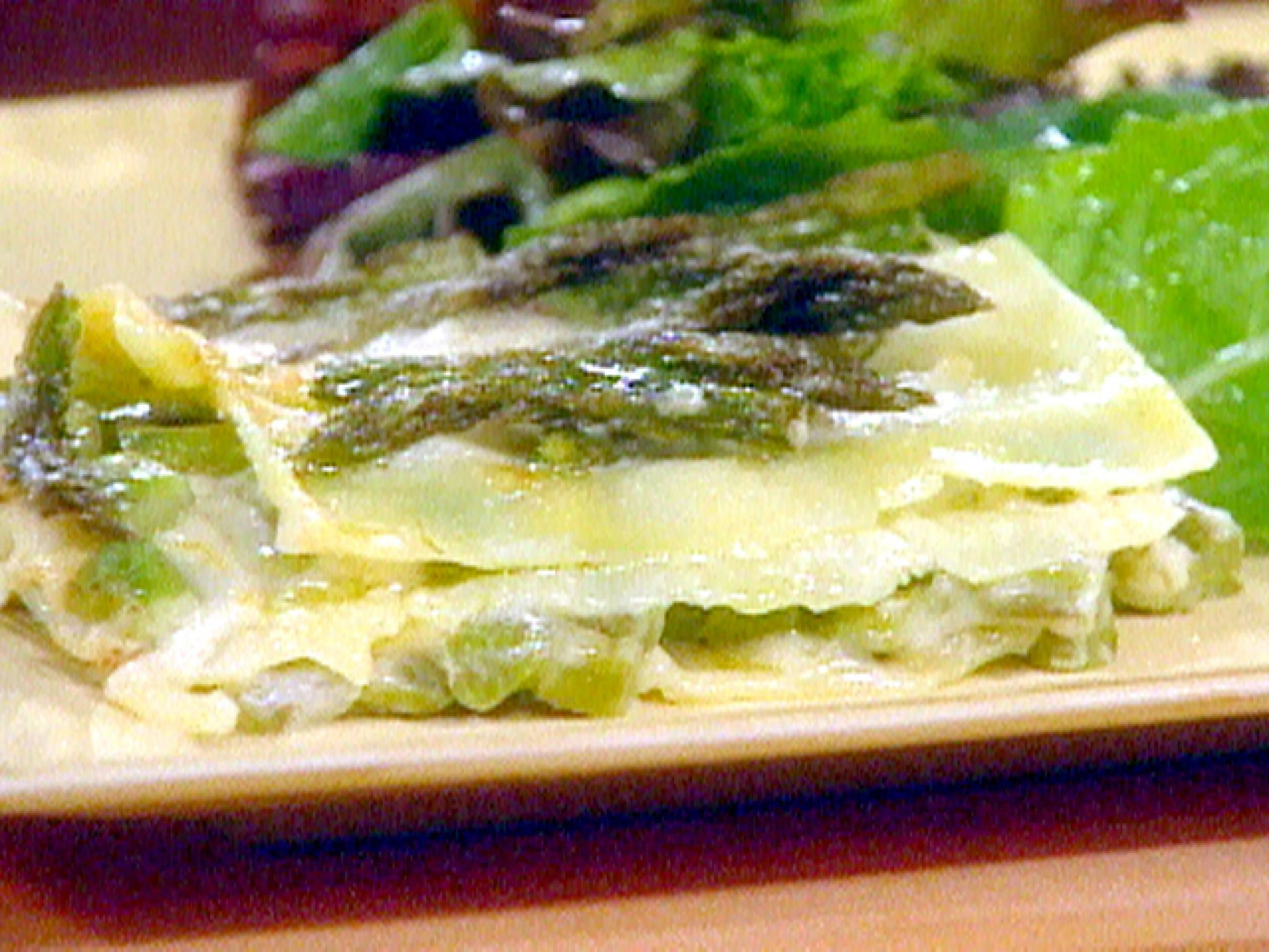 Asparagus lasagna recipe asparagus easy and food asparagus lasagna lasagna recipe food networklasagna forumfinder Images