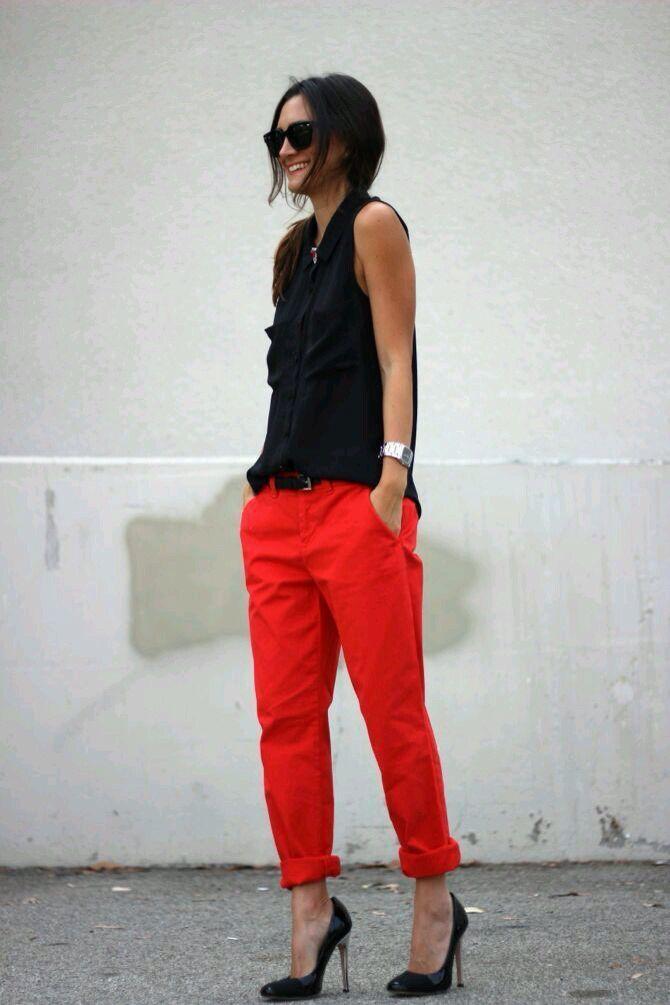 Idea outfit ligero pantalón rojo  f43680b9fdd1