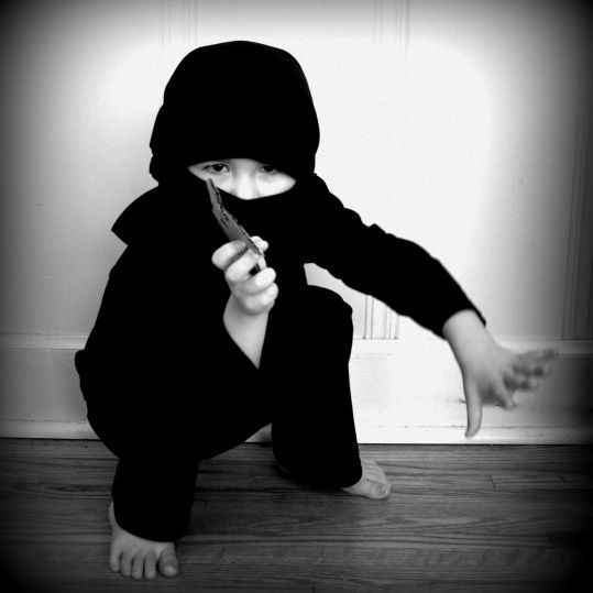 Hi everyone im jenny from the southern institute and i cant tell 10 cheap easy awesome diy halloween costumes for kids halloween ideas ninja costume all black hood made from old black t shirt throwing stars solutioingenieria Images