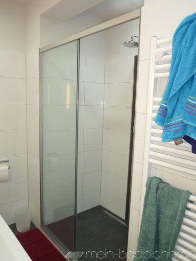 Duschabtrennung als Schiebelösung mit Duschrinne gegen die Wand + - badezimmerplaner online kostenlos