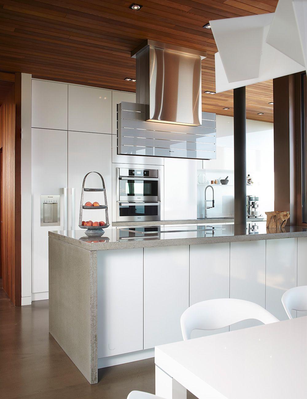 Magnifique Cuisine Moderne Situee A L Interieur Une Residence En