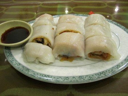 Mei Li Wah Bakery, roll in a roll
