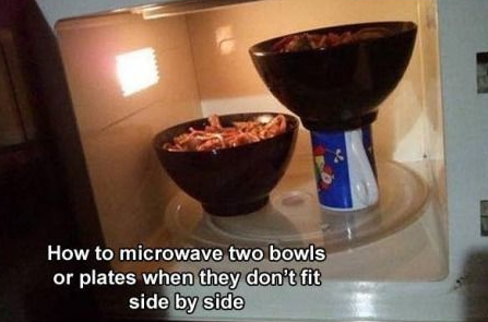 How to microwave two bowls simoultaneously!