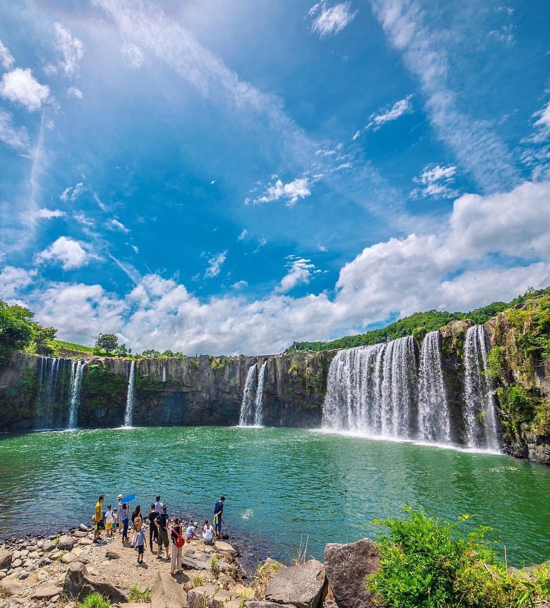 大分にある原尻の滝は日本の滝100選大分県百景のひとつにあげられています 季節によって水量が変わるので1年中楽しめる名瀑です 住所 879 6631 大分にある原尻の滝は日本の滝100選大分県百景のひとつにあげられています 季節によって水量が変 Japanese Landscape