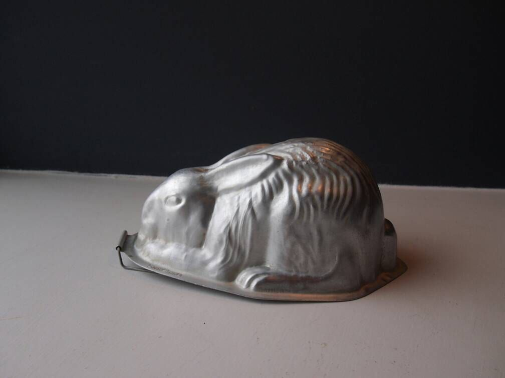 Vintage 1950's Aluminium Rabbit Jelly Mould, Chocolate Mould ...