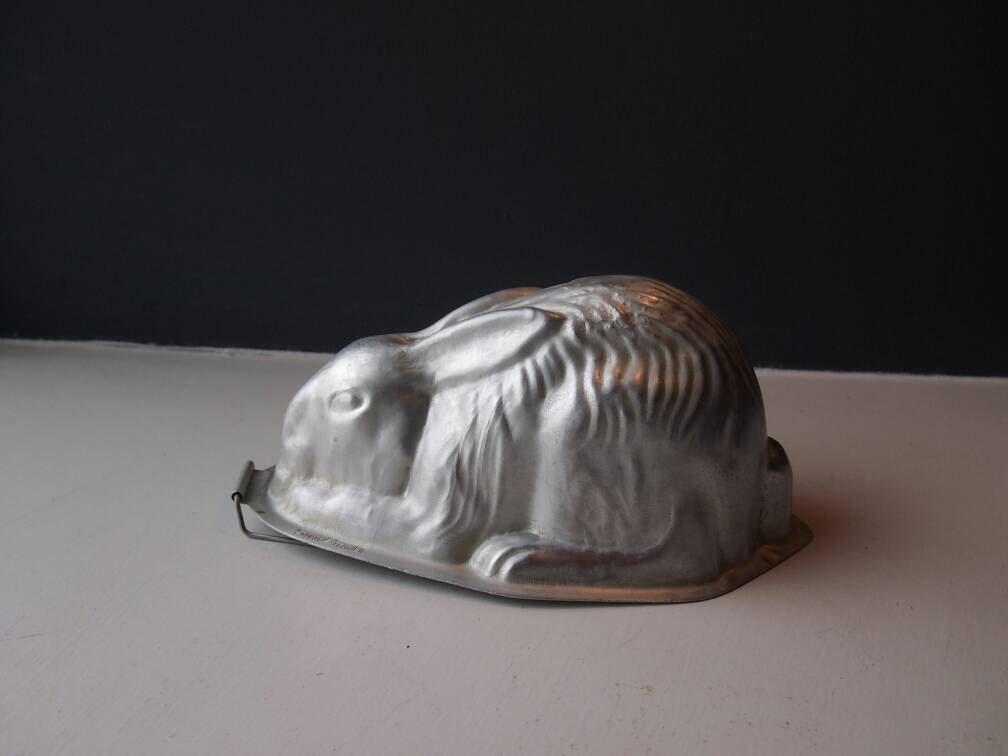 Vintage 1950's Aluminium Rabbit Jelly Mould, Chocolate Mould ...