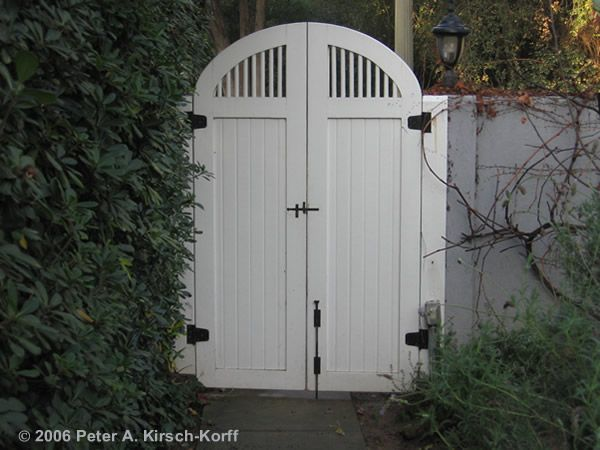 17 Best 1000 images about Backyard FenceGarden Gate ideas on Pinterest