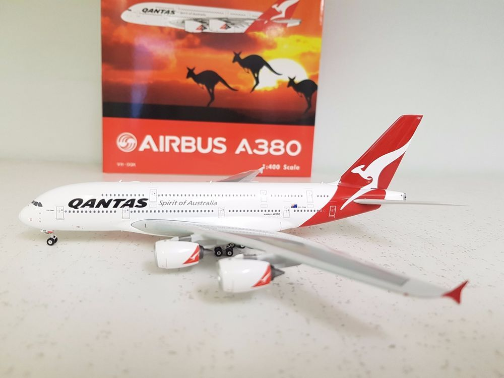 Phoenix 1400 Airbus A380-800 Qantas VH-OQK in 1\/400 scale a die - how would you weigh a plane without scales
