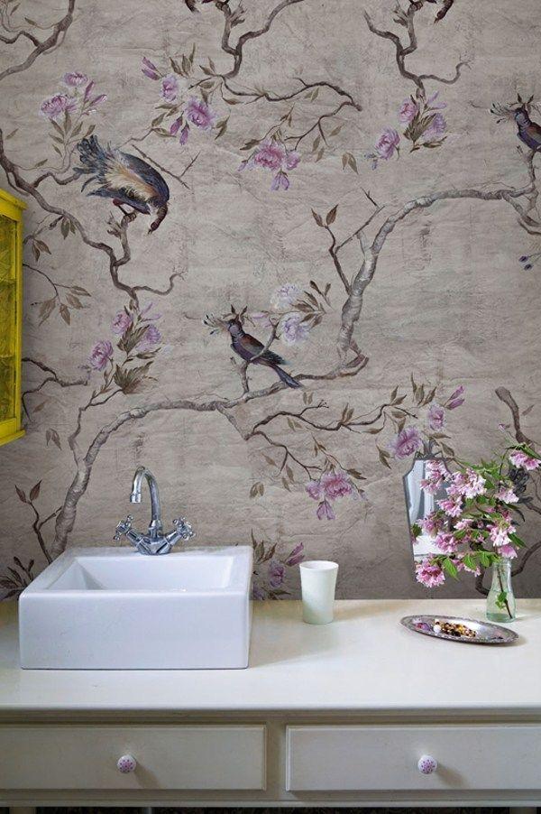 Carta da parati con motivi floreali per bagno HANAMACHI - Wall&decò ...