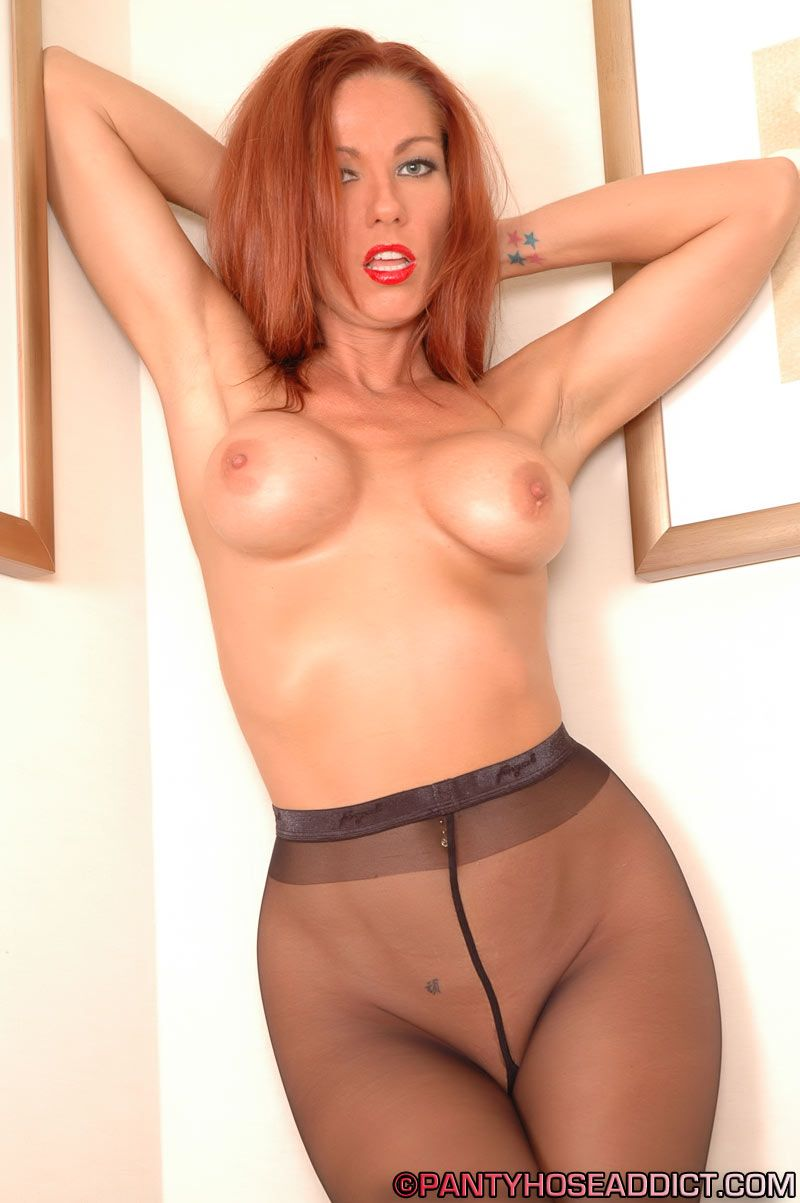 Visit Pantyhose Addict Try