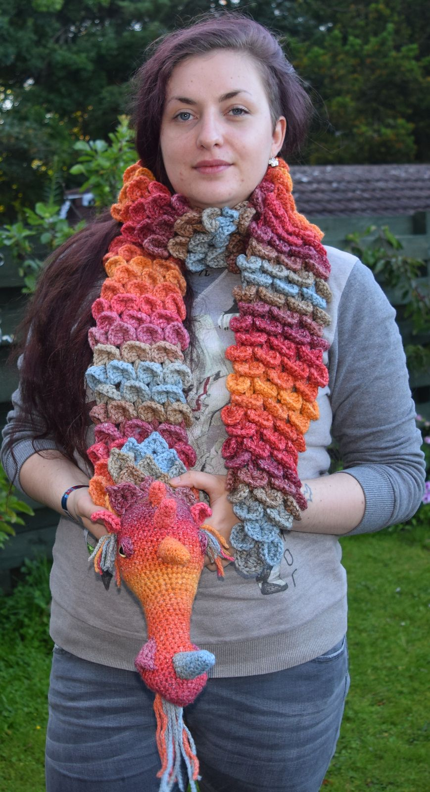 Dragon Scarf pattern by Seolta Hooker | Dragons, Scarves and Pattern ...