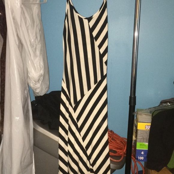 Brand New Striped Maxi Dress Nwt Striped Maxi Dresses