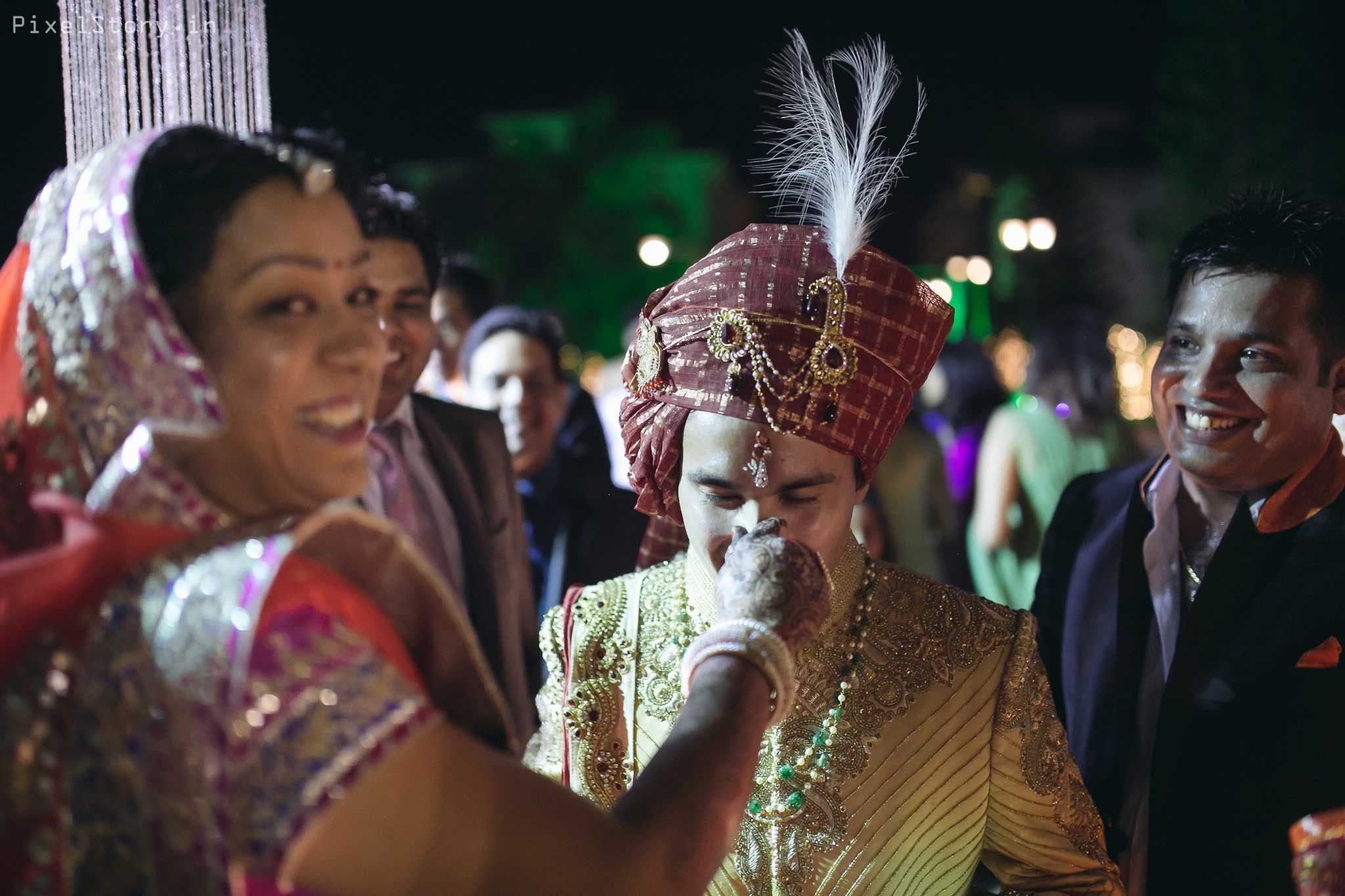 Real Indian Weddings A Stunning Arranged Marriage Filled With Love