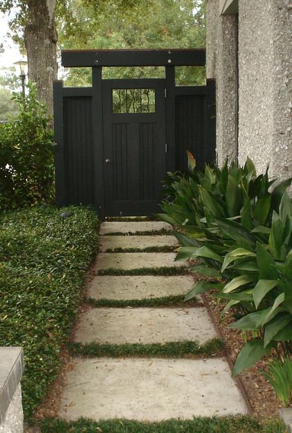 Asian Inspired Gate … Side Garden Garden Gates Garden 400 x 300