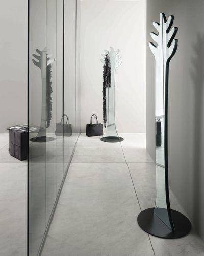 Espejo de pie de diseño APPENDISPECCHIO by D\u0027Urbino  Lomazzi