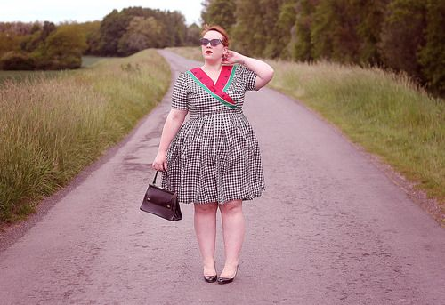 big-or-not-to-big: Rétro Fruité : new outfit on my blog...