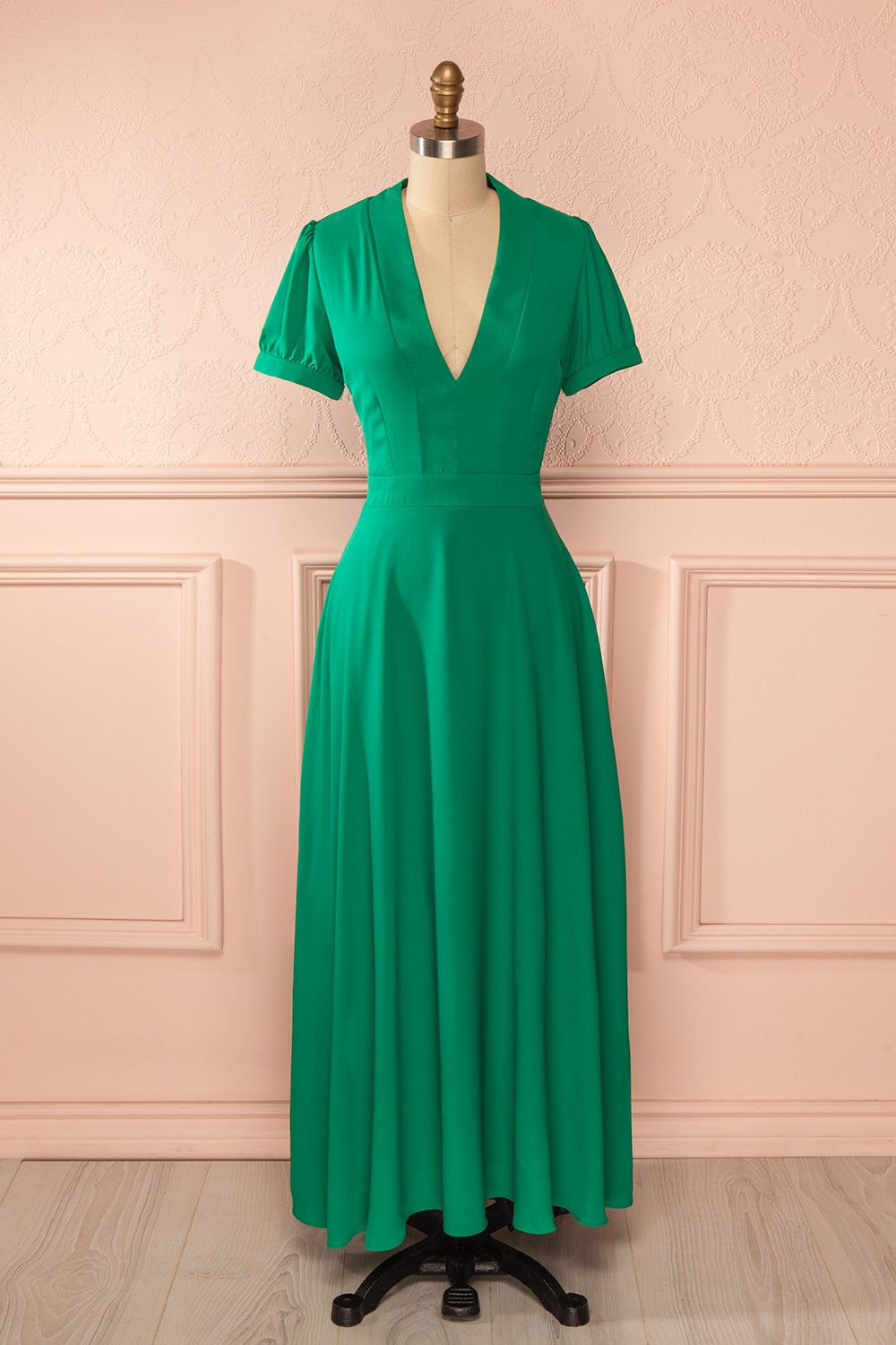 5e2f9dda48 A wind of hope bowed before the graceful youth of your heart. dress,  décolleté, green, longue, low-cut, manches courtes, maxi, robe, ...