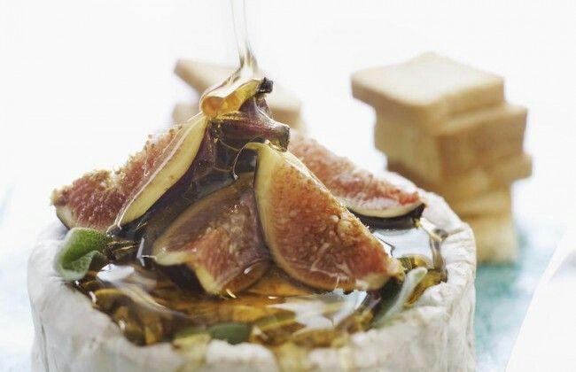 Dessert met brie, vijgen & honing