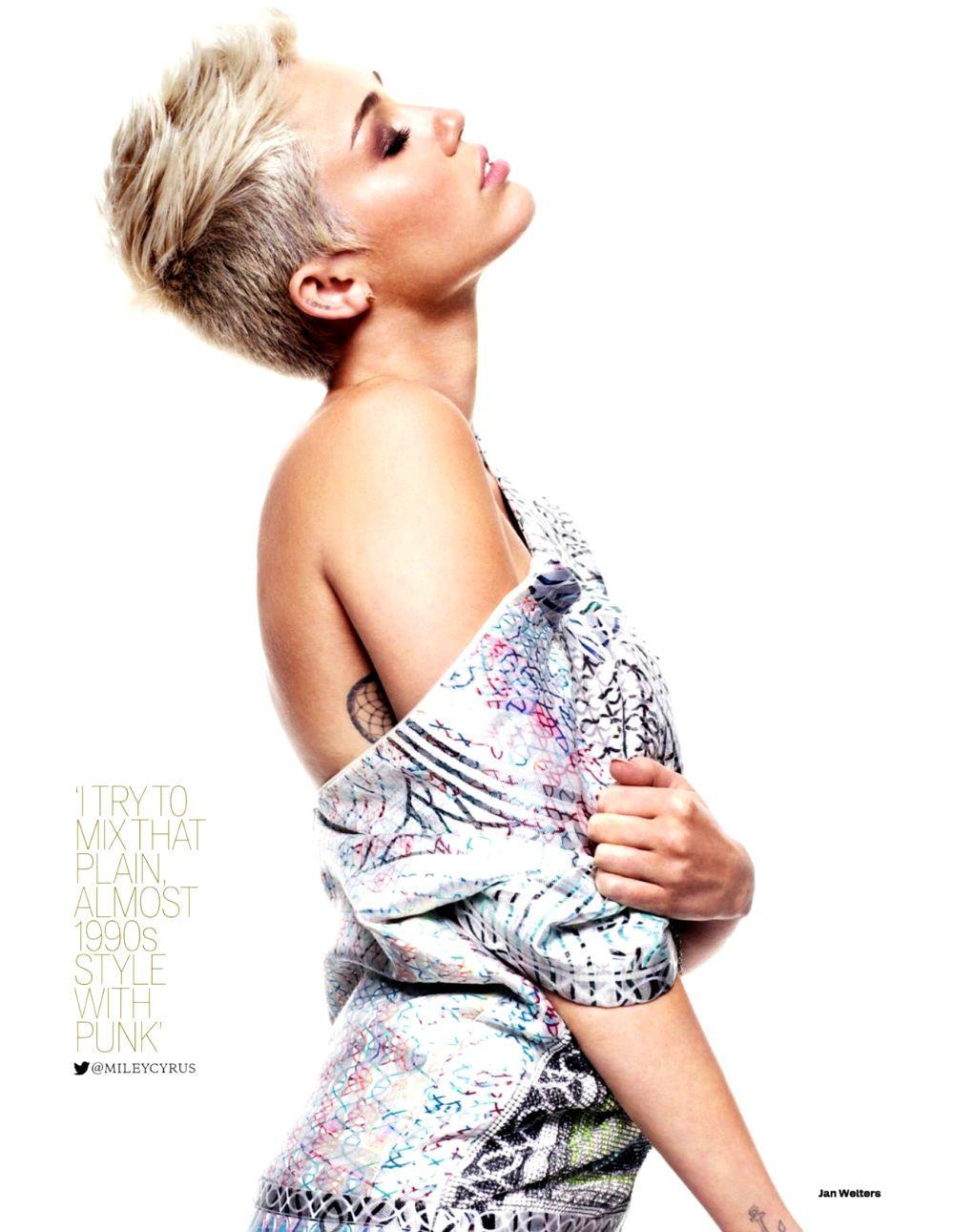 Miley Cyrus: 102.7 KIIS-FM's Jingle Ball 2013 Red Carpet!: Photo ...