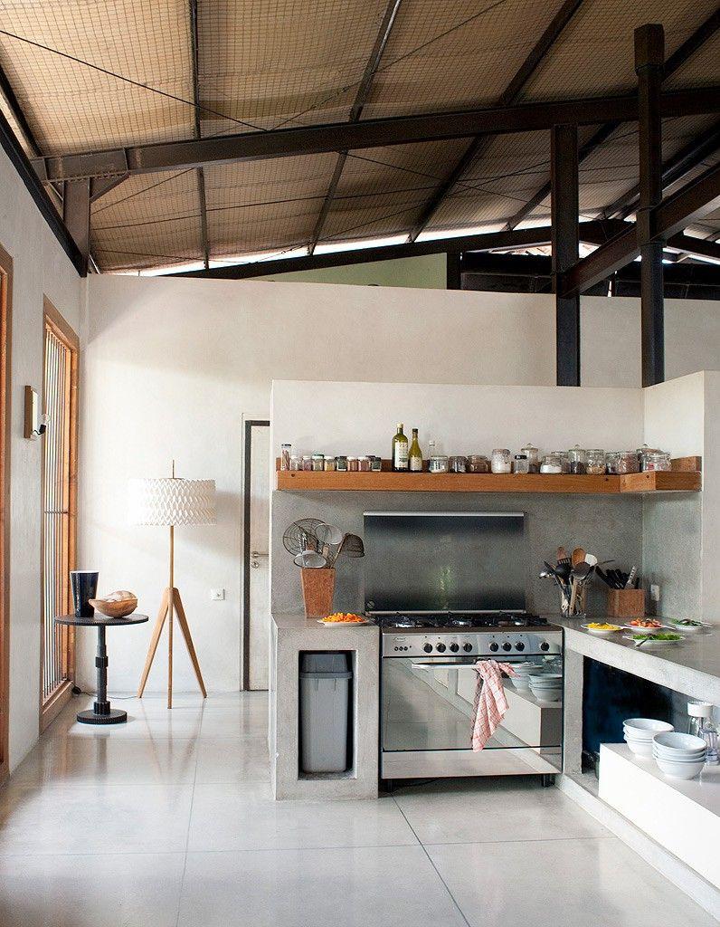 L\'esprit atelier dans un hangar | A Space of Beauty | Kitchens ...
