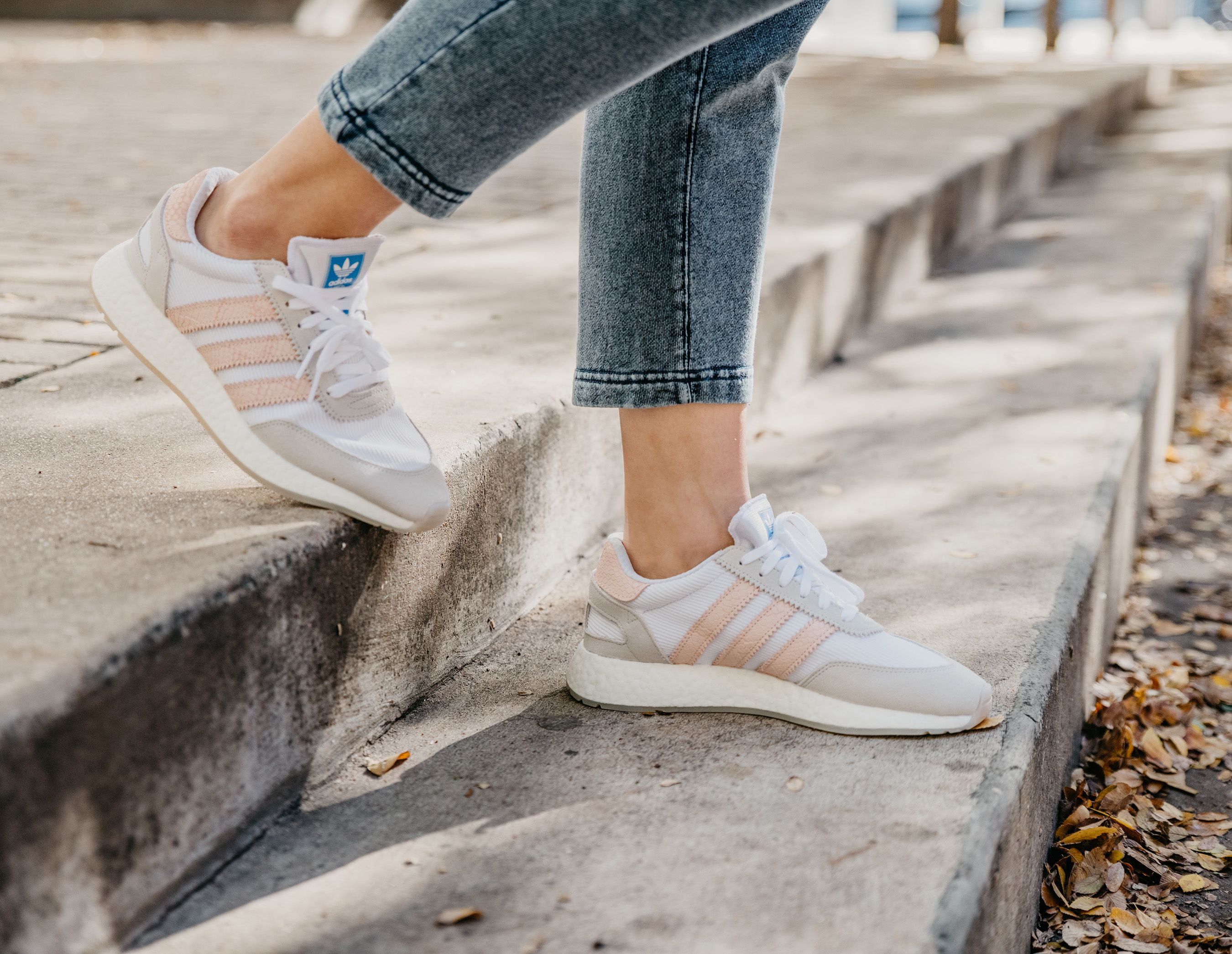 2c207eefbf Women s White Icey Pink I-5923 Shoes - Inspired by the vintage Mercury  running