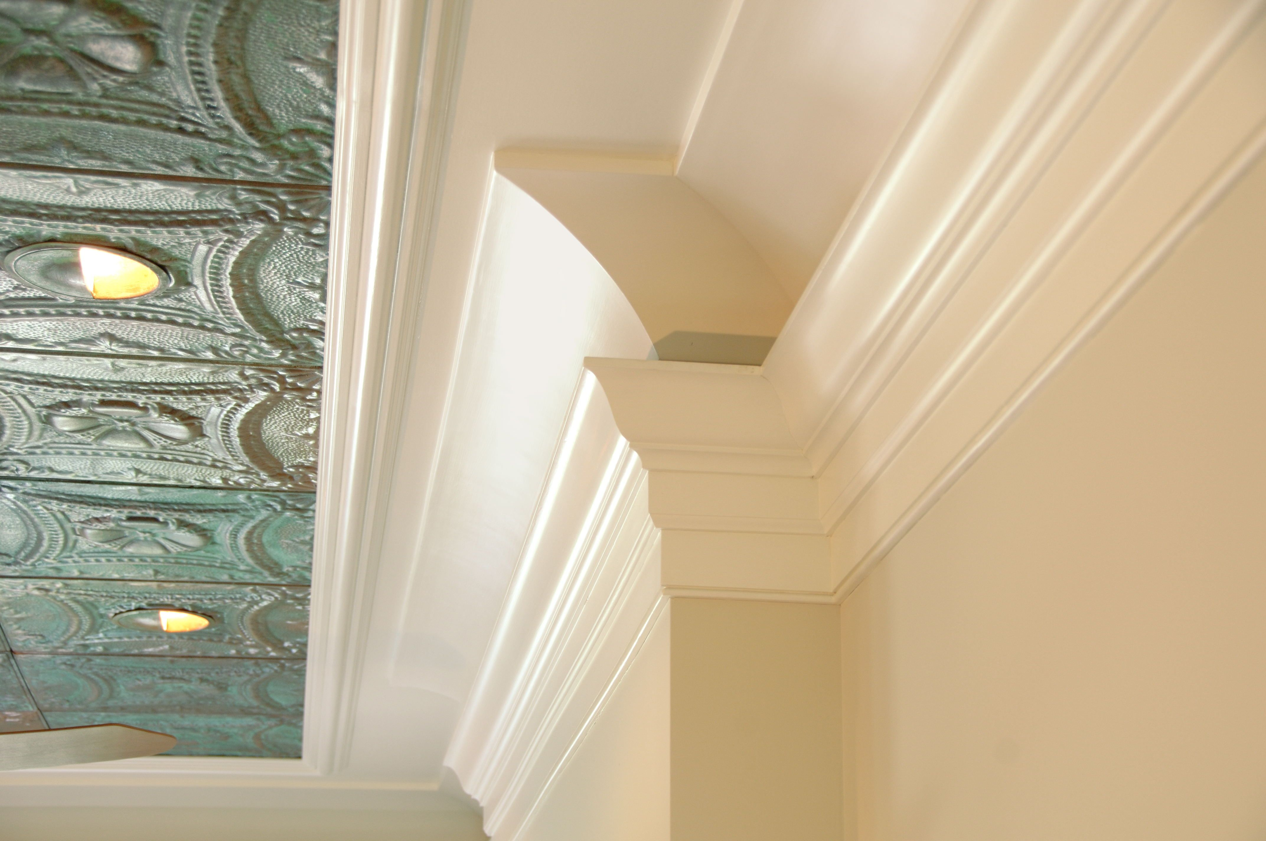 Dramatic ceiling moulding created with a variety of profiles ...